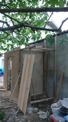 Construction du placard dans le prolongement du cabanon