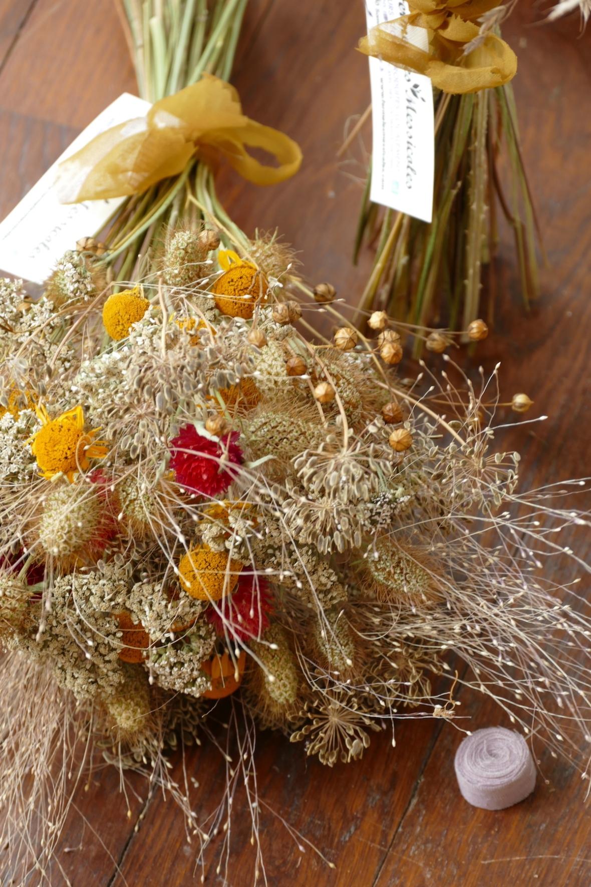P1070699 - Bouquet sec avec ruban